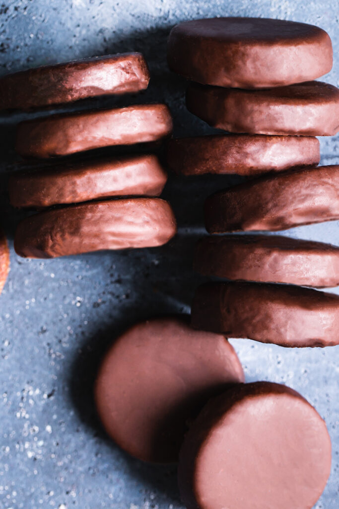 a flat lay shot of thin mint cookies Lind up in a row